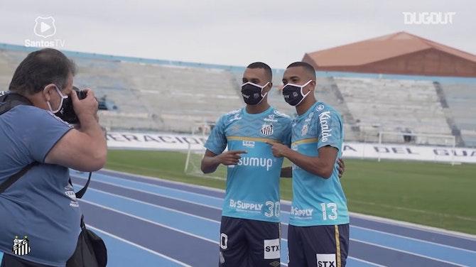 Imagen de vista previa para Santos se entrena en Ecuador antes de enfrentar a Barcelona SC