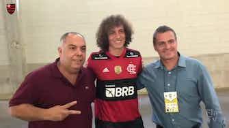 Preview image for David Luiz meets his new Flamengo teammates
