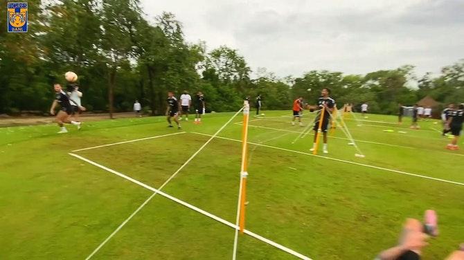 Gignac performs impressive bicycle kick playing football tennis