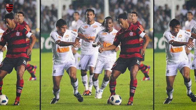 Preview image for Ronaldinho overshadows Neymar in an epic nine-goal thriller at Vila Belmiro