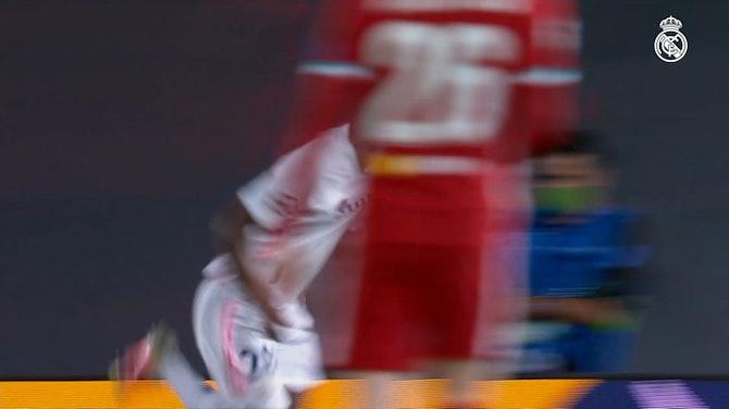 Vinicius Jr. brilha pelo Real Madrid contra o Liverpool na Champions