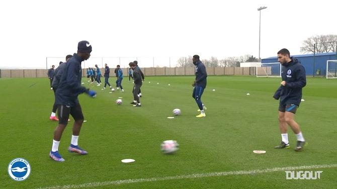 Brighton treina para encarar o Leicester no Inglês