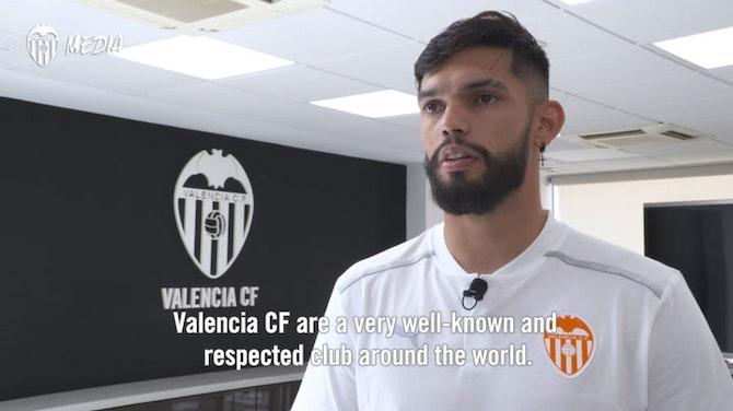 Preview image for Omar Alderete arrives at Valencia CF