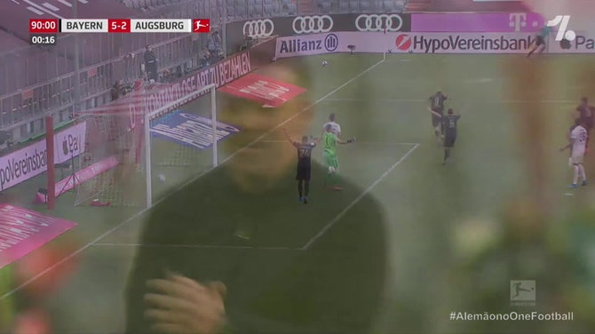 Lewandowski marca e quebra o recorde de gols de Gerd Müller