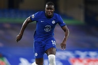 """Zouma não quer ser """"moeda de troca"""" e complica busca do Chelsea por Koundé, diz jornal"""