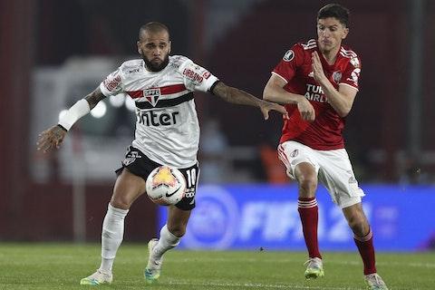 Article image: https://image-service.onefootball.com/resize?fit=max&h=770&image=https%3A%2F%2Ficdn.caughtoffside.com%2Fwp-content%2Fuploads%2F2021%2F02%2Fignacio-fernandez-river-plate-v-sao-paulo-copa-conmebol-libertadores-2020.jpg&q=25&w=1080