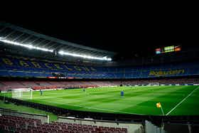 Article image: https://image-service.onefootball.com/crop/face?h=810&image=https%3A%2F%2Ficdn.football-espana.net%2Fwp-content%2Fuploads%2F2021%2F02%2FCamp-Nou.jpg&q=25&w=1080