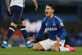 Article image: https://image-service.onefootball.com/crop/face?h=810&image=https%3A%2F%2Ficdn.football-espana.net%2Fwp-content%2Fuploads%2F2021%2F06%2FJames-Rodriguez.jpg&q=25&w=1080