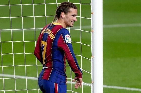 Article image: https://image-service.onefootball.com/crop/face?h=810&image=https%3A%2F%2Ficdn.football-espana.net%2Fwp-content%2Fuploads%2F2021%2F07%2FAntoine-Griezmann-5.jpg&q=25&w=1080