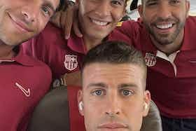 Article image: https://image-service.onefootball.com/crop/face?h=810&image=https%3A%2F%2Ficdn.football-espana.net%2Fwp-content%2Fuploads%2F2021%2F07%2FGerard-Pique-2.jpg&q=25&w=1080