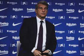 Article image: https://image-service.onefootball.com/crop/face?h=810&image=https%3A%2F%2Ficdn.football-espana.net%2Fwp-content%2Fuploads%2F2021%2F07%2FJoan-Laporta.jpg&q=25&w=1080