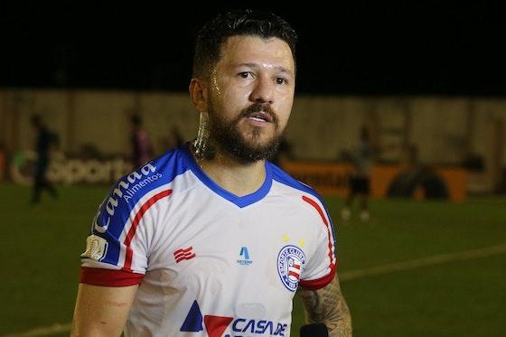 Imagem do artigo: https://image-service.onefootball.com/crop/face?h=810&image=https%3A%2F%2Fimages.performgroup.com%2Fdi%2Flibrary%2Fdazneditorialimages%2F56%2Fd6%2Frossi-bahia-7-x-1-campinense-copa-do-brasil-2021_rossi_bahia_7_x_1_campinense_copa_do_brasil_2021_1t99lmrw0zir1mlmcx79yqsy1.jpg%3Ft%3D-663768952&q=25&w=1080
