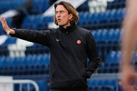 Sheffield Wednesday boss Moore makes statement on Brentford target Bannan