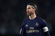 Sergio Ramos conversa com o AC Milan