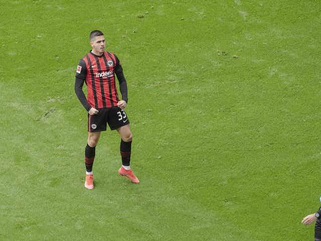 Man Utd could sign Andre Silva in bargain deal