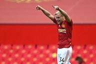Manchester United not in talks with Premier League rivals over Donny van de Beek transfer