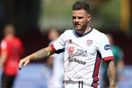 "Italian Journalist Alfredo Pedulla: ""Inter Will Prioritise Cagliari Midfielder Nahitan Nandez After Talks For Hector Bellerin & Denzel Dumfries Stalling"""