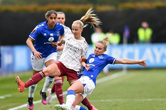 Article image: https://image-service.onefootball.com/crop/face?h=810&image=https%3A%2F%2Fshekicks.net%2Fwp-content%2Fuploads%2F2021%2F05%2FEverton-v-Arsenal.jpg&q=25&w=1080