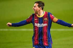 Image de l'article : https://image-service.onefootball.com/crop/face?h=810&image=https%3A%2F%2Fstatic.butfootballclub.fr%2Fphoto_article%2F656405%2F253376%2F800-L-fc-barcelone-messi-a-sign-une-premire-victoire-magistrale-devant-le-real-madrid.jpg&q=25&w=1080