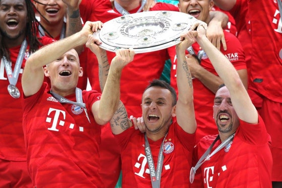 Article image: https://image-service.onefootball.com/crop/face?h=810&image=https%3A%2F%2Fwp-images.onefootball.com%2Fwp-content%2Fuploads%2Fsites%2F10%2F2019%2F05%2FFC-Bayern-Muenchen-v-Eintracht-Frankfurt-Bundesliga-1558941949-1024x768.jpg&q=25&w=1080