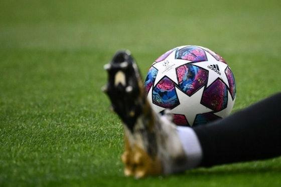 Article image: https://image-service.onefootball.com/crop/face?h=810&image=https%3A%2F%2Fwp-images.onefootball.com%2Fwp-content%2Fuploads%2Fsites%2F10%2F2020%2F09%2FFBL-EUR-C1-LYON-BAYERN-MUNICH-1600088473-1000x750.jpg&q=25&w=1080