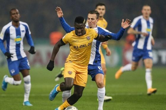 Artikelbild: https://image-service.onefootball.com/crop/face?h=810&image=https%3A%2F%2Fwp-images.onefootball.com%2Fwp-content%2Fuploads%2Fsites%2F11%2F2020%2F01%2FHertha-BSC-v-Dynamo-Dresden-DFB-Cup-1579689155-1000x750.jpg&q=25&w=1080