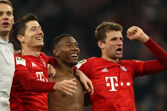 Artikelbild: https://image-service.onefootball.com/crop/face?h=810&image=https%3A%2F%2Fwp-images.onefootball.com%2Fwp-content%2Fuploads%2Fsites%2F11%2F2020%2F07%2FFC-Bayern-Muenchen-v-Borussia-Dortmund-Bundesliga-1595345350-1000x750.jpg&q=25&w=1080