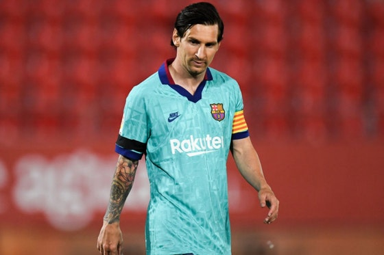 Artikelbild: https://image-service.onefootball.com/resize?fit=max&h=810&image=https%3A%2F%2Fwp-images.onefootball.com%2Fwp-content%2Fuploads%2Fsites%2F11%2F2020%2F07%2FRCD-Mallorca-v-FC-Barcelona-La-Liga-1595345548.jpg&q=25&w=1080