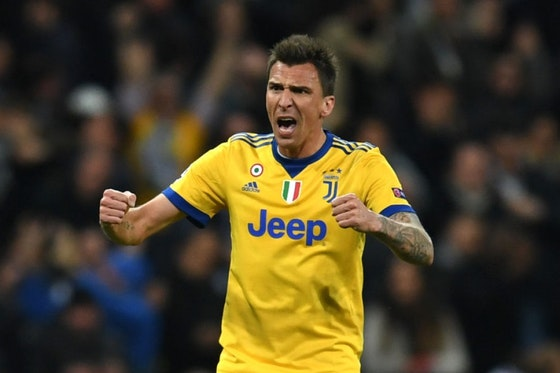 Artikelbild: https://image-service.onefootball.com/resize?fit=max&h=810&image=https%3A%2F%2Fwp-images.onefootball.com%2Fwp-content%2Fuploads%2Fsites%2F11%2F2021%2F01%2FReal-Madrid-v-Juventus-UEFA-Champions-League-Quarter-Final-Second-Leg-1610661087.jpg&q=25&w=1080