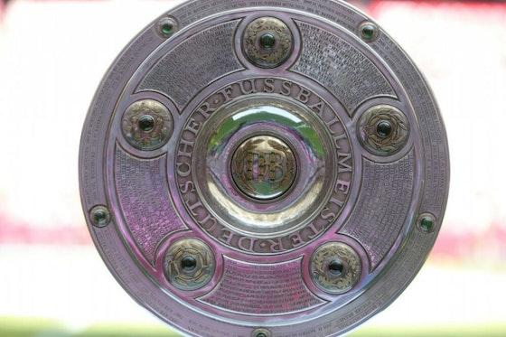Imagem do artigo: https://image-service.onefootball.com/crop/face?h=810&image=https%3A%2F%2Fwp-images.onefootball.com%2Fwp-content%2Fuploads%2Fsites%2F13%2F2020%2F09%2FFC-Bayern-Muenchen-v-VfB-Stuttgart-Bundesliga-1600248725-1000x750.jpg&q=25&w=1080