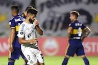 Diniz estreia, acaba expulso, mas Santos vence Boca e vira vice-líder