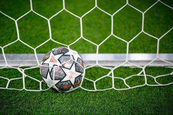 Image de l'article : https://image-service.onefootball.com/crop/face?h=810&image=https%3A%2F%2Fwp-images.onefootball.com%2Fwp-content%2Fuploads%2Fsites%2F23%2F2021%2F04%2FChampionsleagueend-1000x699.jpg&q=25&w=1080