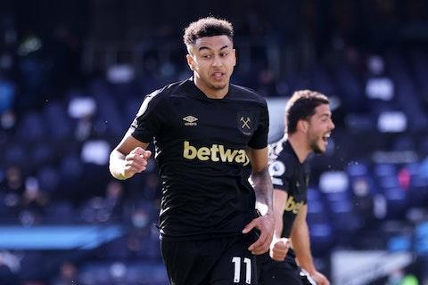 Article image: https://image-service.onefootball.com/crop/face?h=810&image=https%3A%2F%2Fwww.footballfancast.com%2Fwp-content%2Fuploads%2F2021%2F02%2FWest-Ham-Uniteds-Jesse-Lingard-celebrates-after-Michail-Antonio-scores-their-first-goal-v-Manchester-City.jpg&q=25&w=1080
