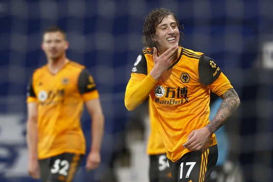 Article image: https://image-service.onefootball.com/crop/face?h=810&image=https%3A%2F%2Fwww.footballfancast.com%2Fwp-content%2Fuploads%2F2021%2F05%2FWolves-Premier-League-Brighton-Nuno-Santo-Molineux-Fosun-Jeff-Shi-Fabio-Silva.jpg&q=25&w=1080