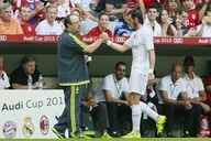 Rafa Benitez can win back Everton fans by signing Gareth Bale