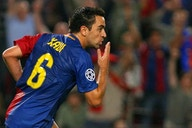Xavi Hernández llenó de elogios a Arturo Vidal