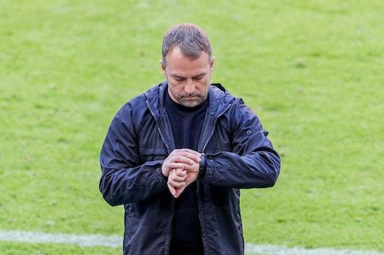 Artikelbild: https://image-service.onefootball.com/crop/face?h=810&image=https%3A%2F%2Fwww.neunzigplus.de%2Fwp-content%2Fuploads%2F2021%2F04%2FFlick-FC-Bayern-scaled.jpg&q=25&w=1080